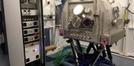 SYMETRIE High vacuum diffractometer with controllers